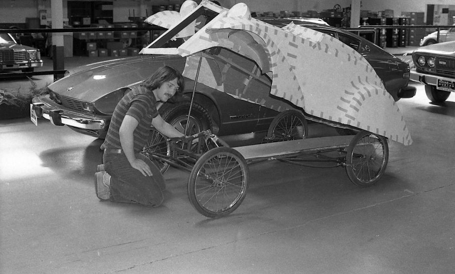Artists spent a lot of time preparing their vehicles for the Artist's Soap Box Derby held in McLaren Park, 05/18/1975 Photo: Bill Young, The Chronicle